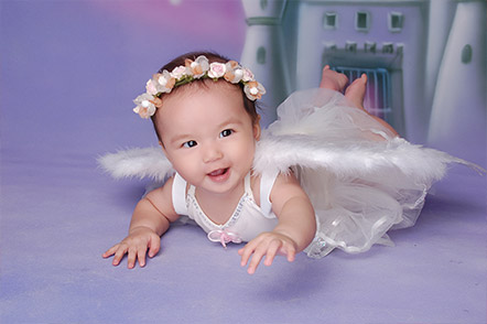 Babies Play Dress-up And
